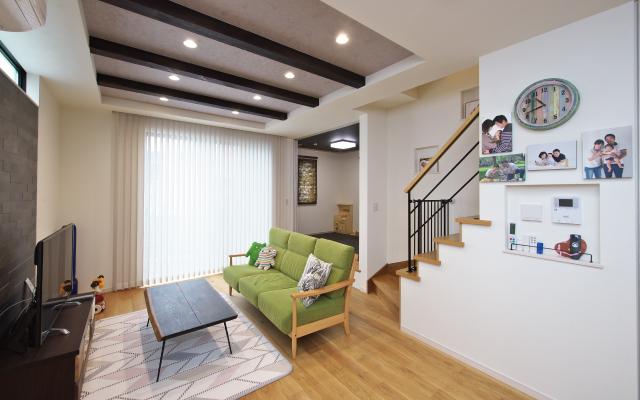 高さと広がりを満喫する家 の画像9
